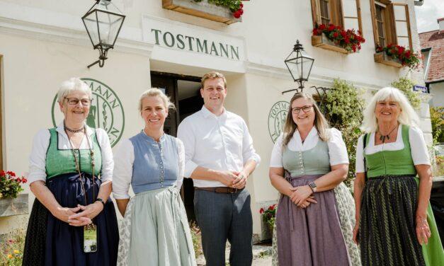 LR Stefan Kaineder zu Besuch bei Tostmann